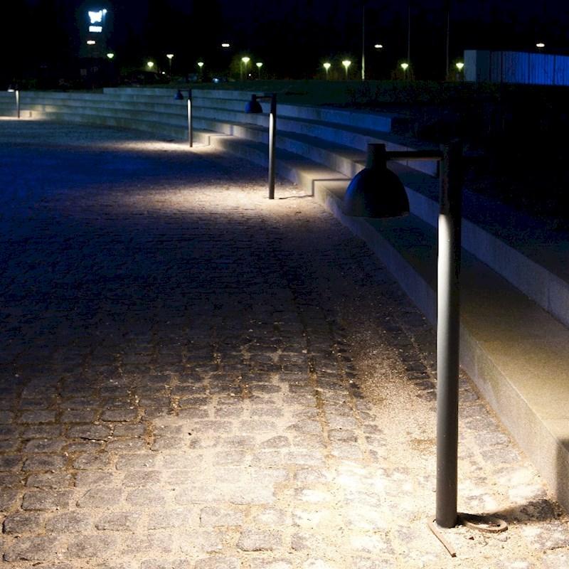 toldbod-pollare-utomhuslampa